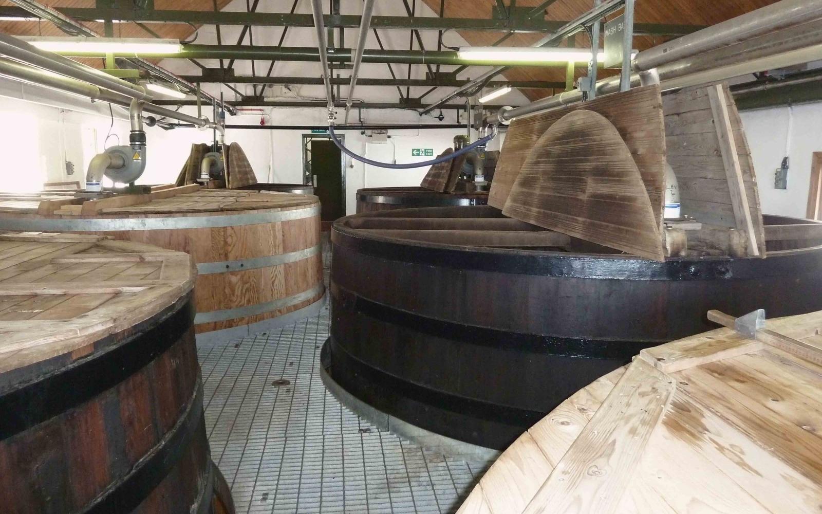 Ardbeg Distillery Washbacks - PHOTO: FLICKR/ Nigel Brown