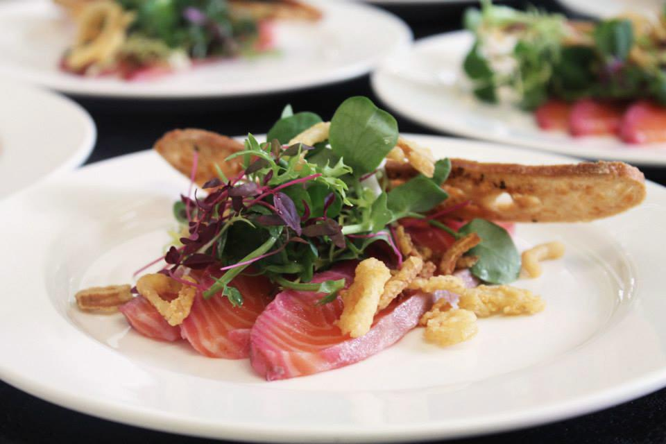 Gin cured salmon - Photo: Social Pantry