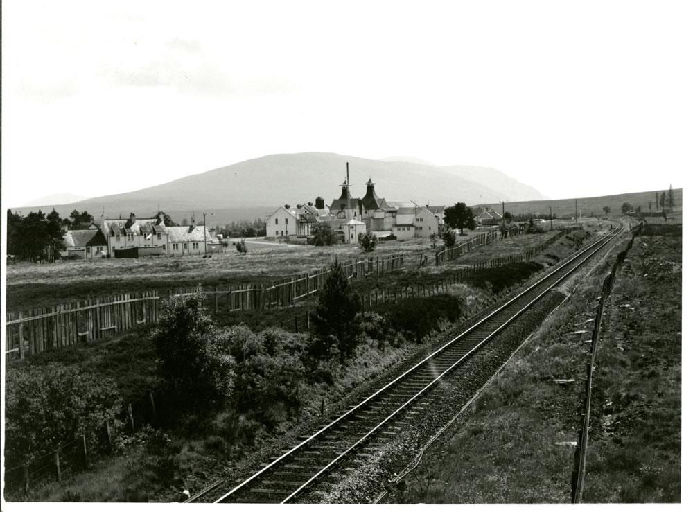 Dalwhinnie Distillery back in the day