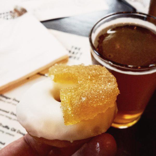 Doughnut and Beer Pairing - Photo: @Londonpopups