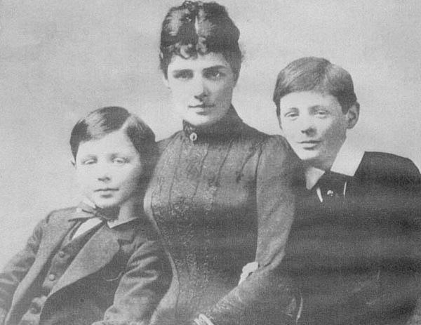 Jennie Churchill with her sons John & Winston. Source: Wikimedia