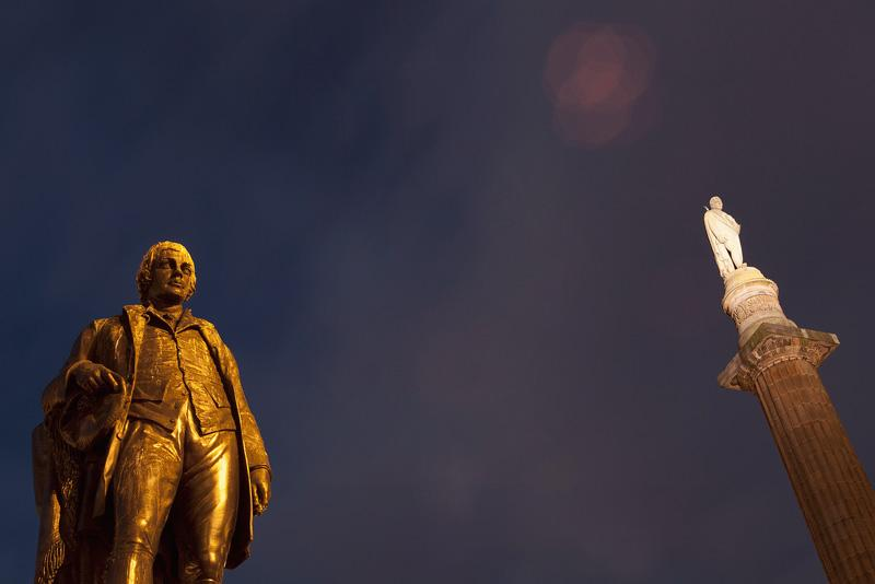 Robert Burns statue in Glasgow - Photo: Flickr / 80018584@N06