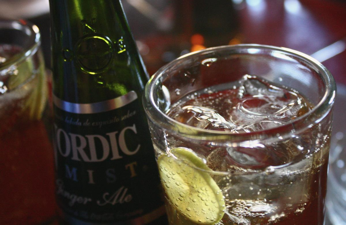 Gin and Ginger Ale - Photo: Flickr/paparazzi_culiao